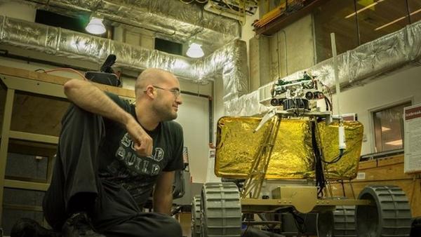 Daniel Shafrir and moon robot