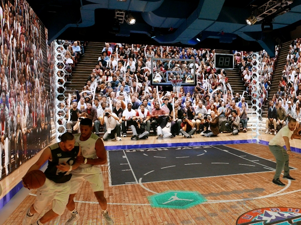 "Michael Jordan ""The Last Shot"" installation"