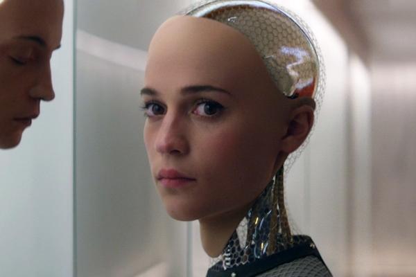 Ex Machina (2015) robot